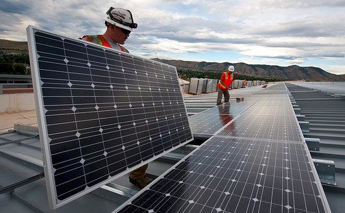 The fossil fuel VS Renewable Energies: The transition dilemma